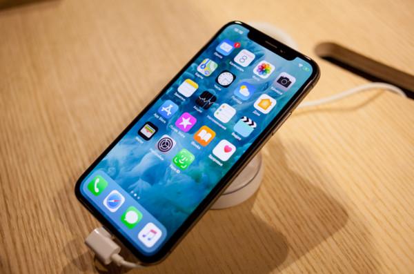ドコモでアイフォン10Rが値下げ!期間限定の値引きキャンペーン速報